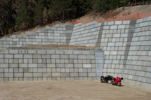 retaining wall - Concrete Block Retaining Wall Design
